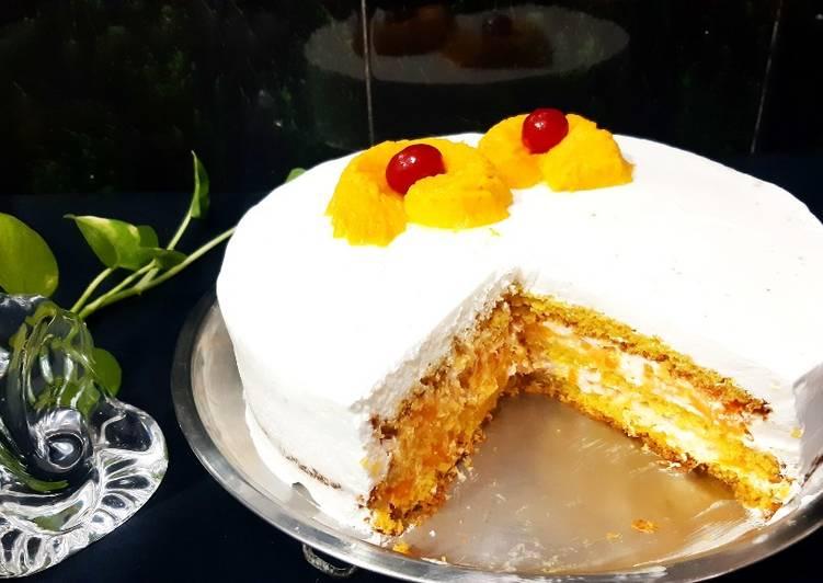 Mango fresh cream cake