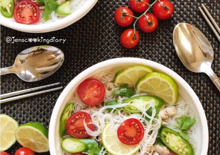 30 Minute Simple Way to Make Winter Thai Rice Noodles Soup