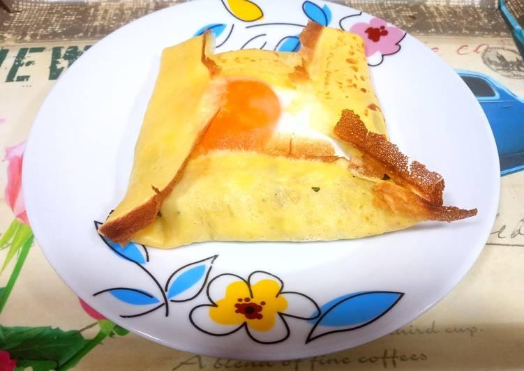 Creps rellenos de espinacas, queso y huevo