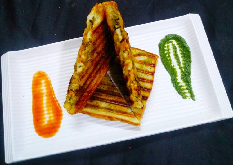 Simple Way to Make Quick Paneer Corn Grill Sandwich