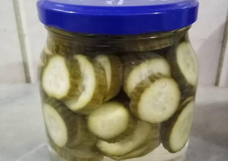 Steps to Make Speedy Pickled cucumber
