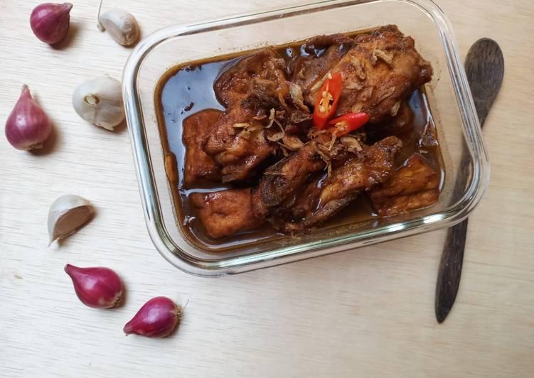 Semur Ayam dan Tahu Sederhana