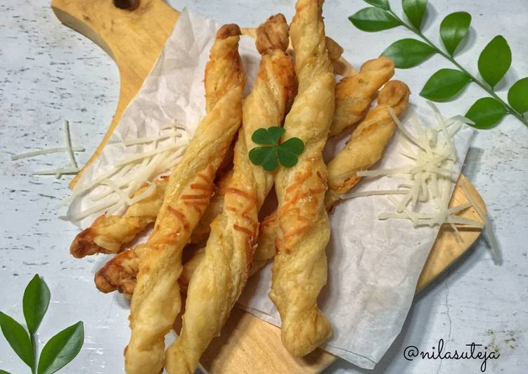 cheese-straw-pastry