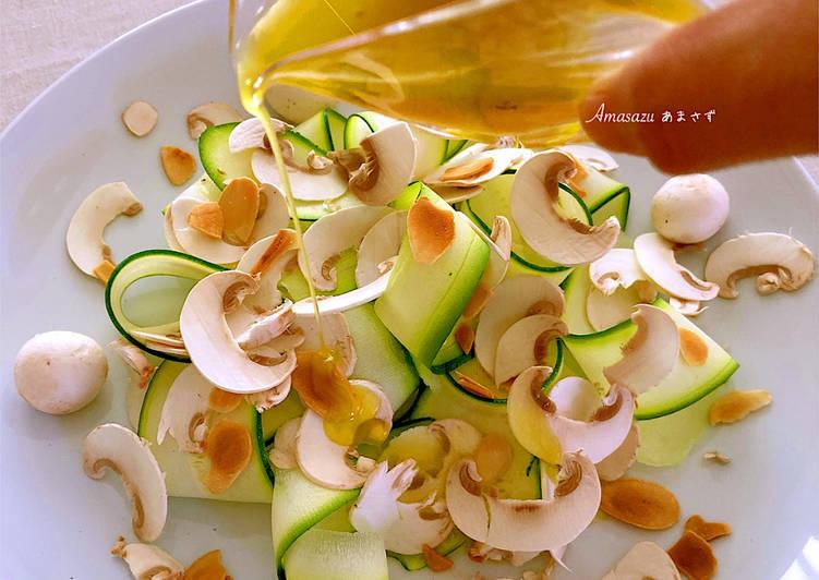 Insalata di zucchine e funghi champignon  🍄