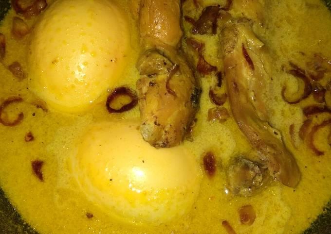 Opor ayam/telur