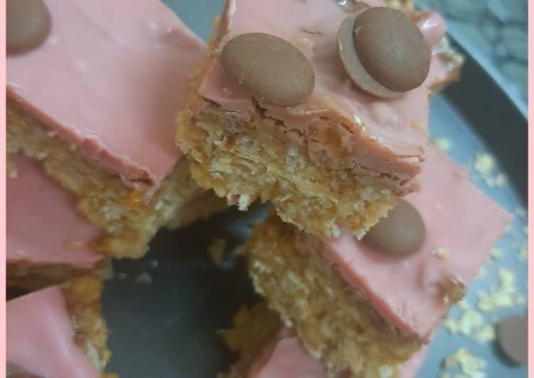 Simple Way to Make Quick Oats crispy bars (no bake)