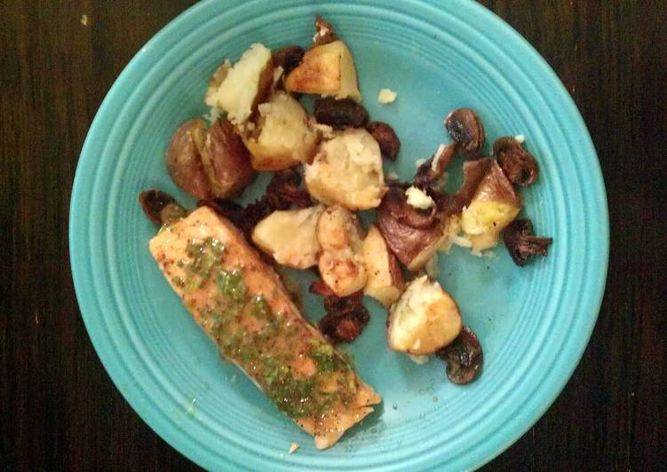 Roasted Salmon with Potatoes and Mushrooms, Helping Your Heart with Food