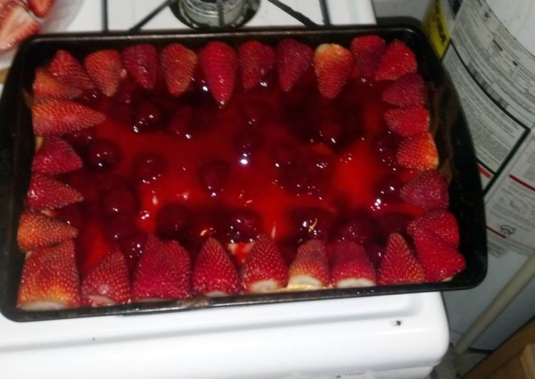 How to Make Any-night-of-the-week Strawberry Cheesecake Dise