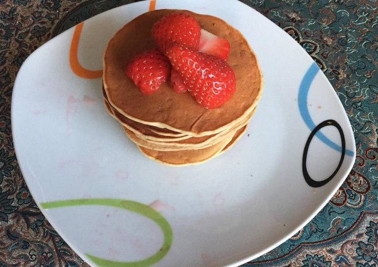 Simple Way to Prepare Quick Banana🍌-walnuts pancake 🥞