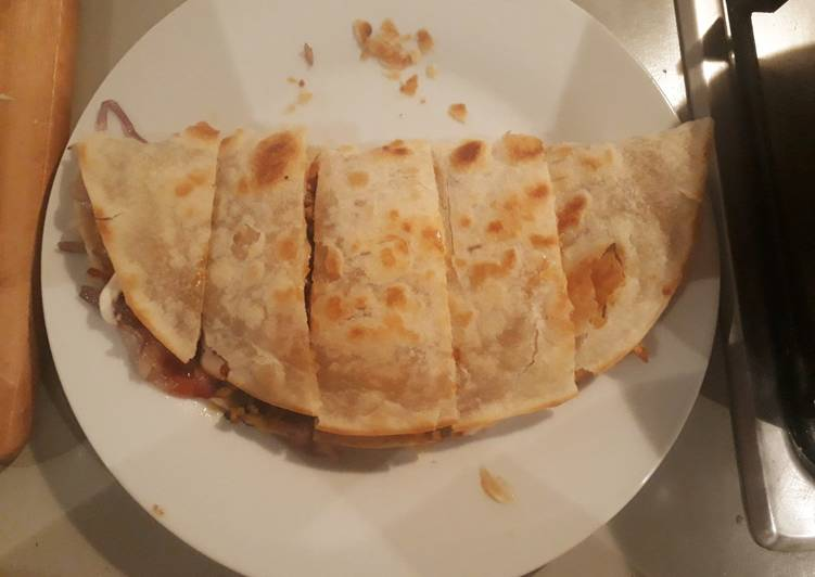 Keema in khasta bread