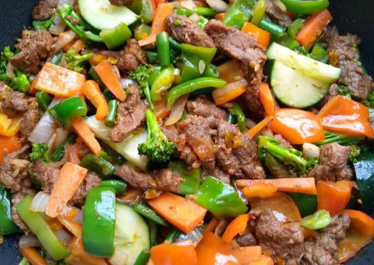Beef and veggies fry