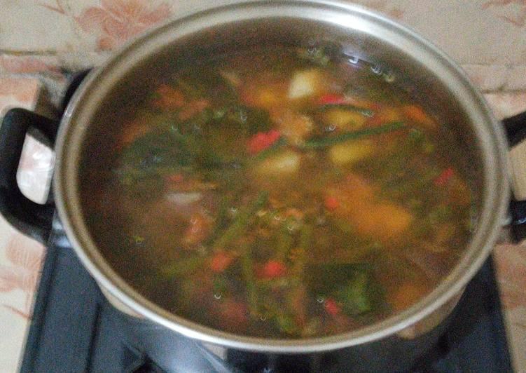 Sayur asem pedas bumbu racik indofood (sayur asem)