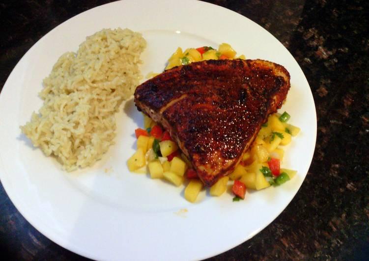 Pan Seared Blackened Tuna with Mango Salsa