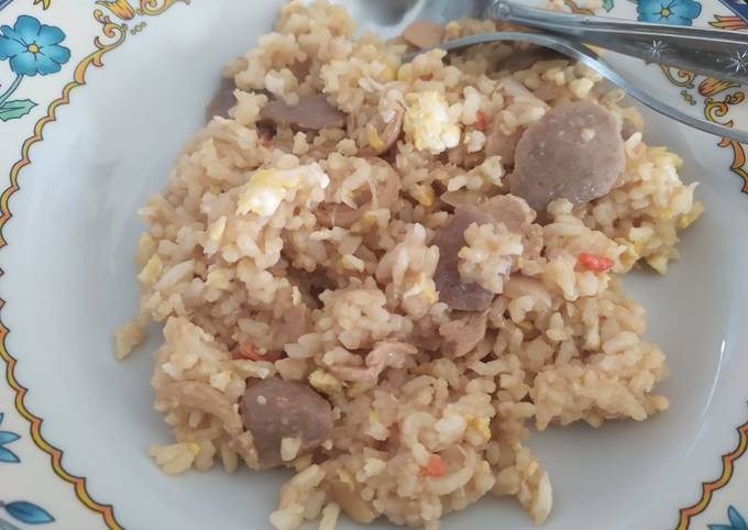 Nasi Goreng Telor Bakso Sosis