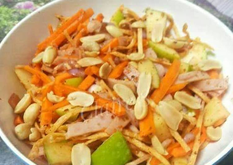 Thai Style Apple Ham Salad with Fish Strings Snack