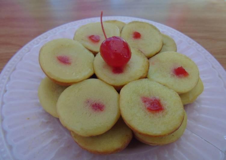 Cara Memasak Kue Lumpur Labu Kuning Mini Topping Cherry yang Menggugah Selera!