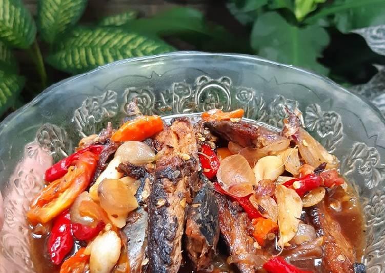 35. Sarden Ikan Pindang