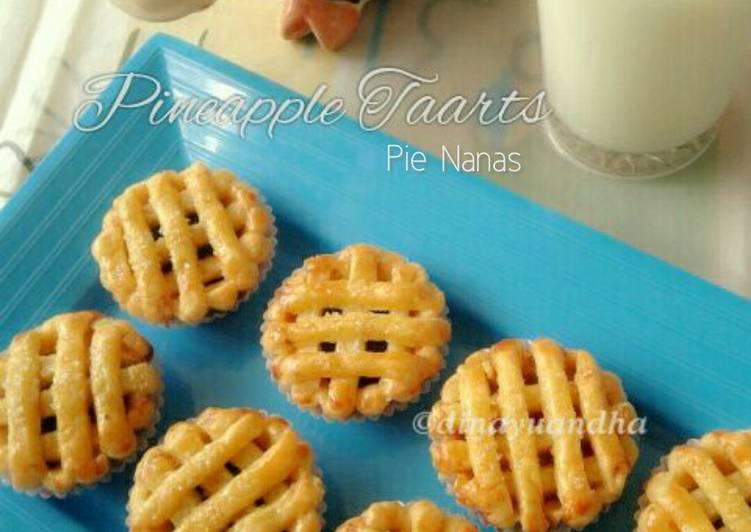 Pineapple Taarts (Pie Nanas)