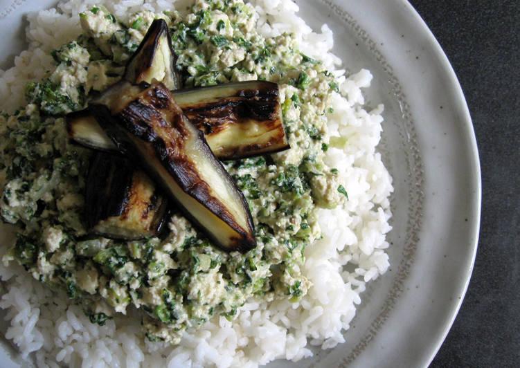 Easiest Way to Prepare Homemade Tofu Soboro Green Curry