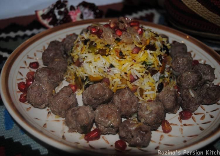 Recipe of Award-winning Persian Pomegranate Rice with Pistachio and Raisins