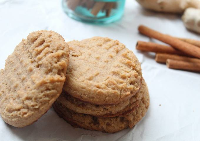 Vegan Autumn Spiced Cookies