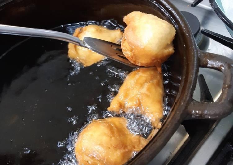 Recipe of Perfect Ikhekhe elinamafutha - Fatcake - Vetkoek