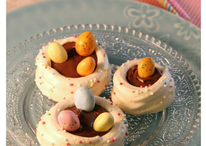Nids de pâques meringués et ganache chocolat