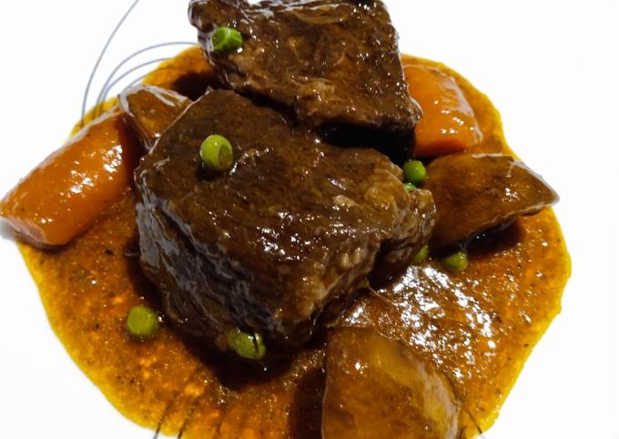 Slow-braised beef short ribs and gravy