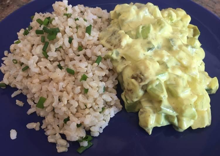 Seitán al curry con arroz integral