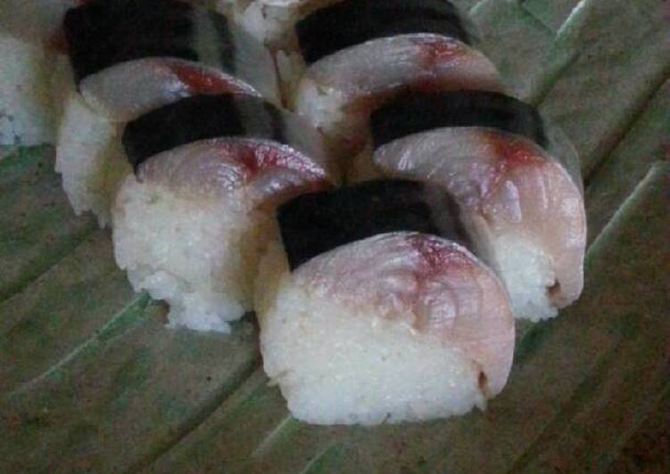 Mackarel Sushi