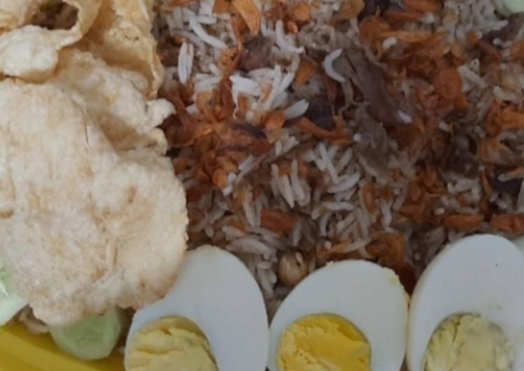 Nasi kebuli magic com ekonomis - cookandrecipe.com