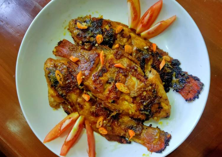 Ikan Bakar Jimbaran tapi Rumahan🤣 (gapunya grill pan, cek!!!)