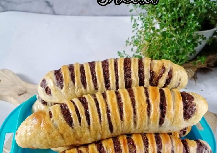 Filopino choco bread