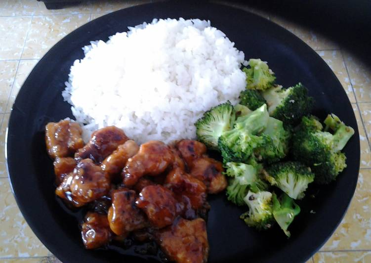 Easiest Way to Prepare Perfect Asian Style Orange Chicken with Spicy Sauteed Brocoli