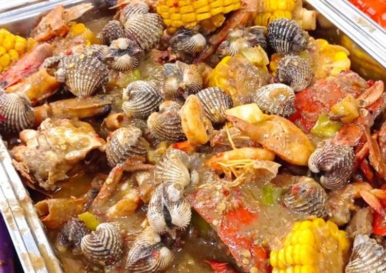 Seafood mix ala the crabs (seafood saus padang kekinian)