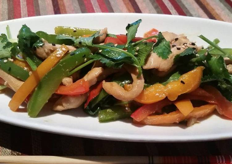 Stir fry Peppers with Marinated Chicken Slices