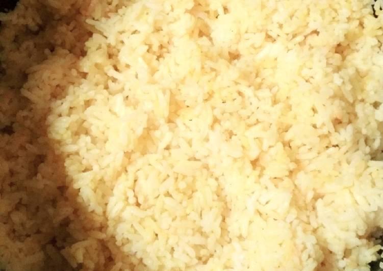 Nasi kuning mejicom