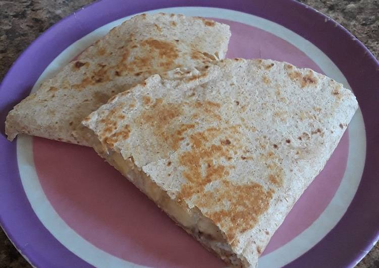 Steps to Prepare Speedy Breakfast Quesadilla