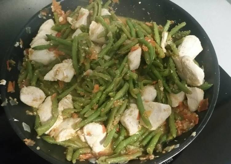 Émincés de poulet aux légumes