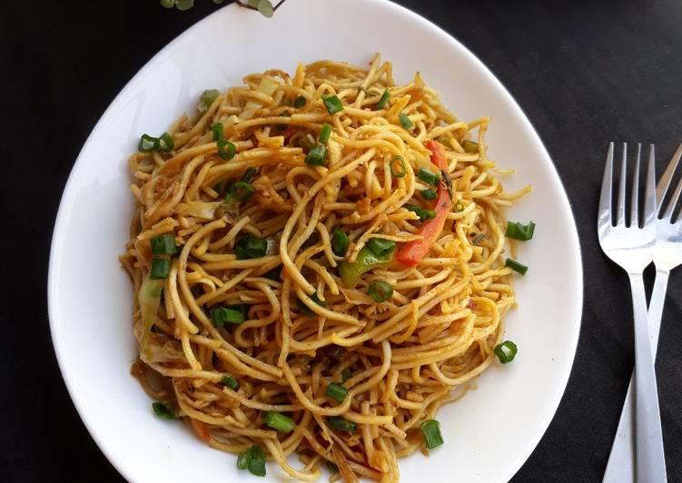 Authentic Veg-Hakka Noodles