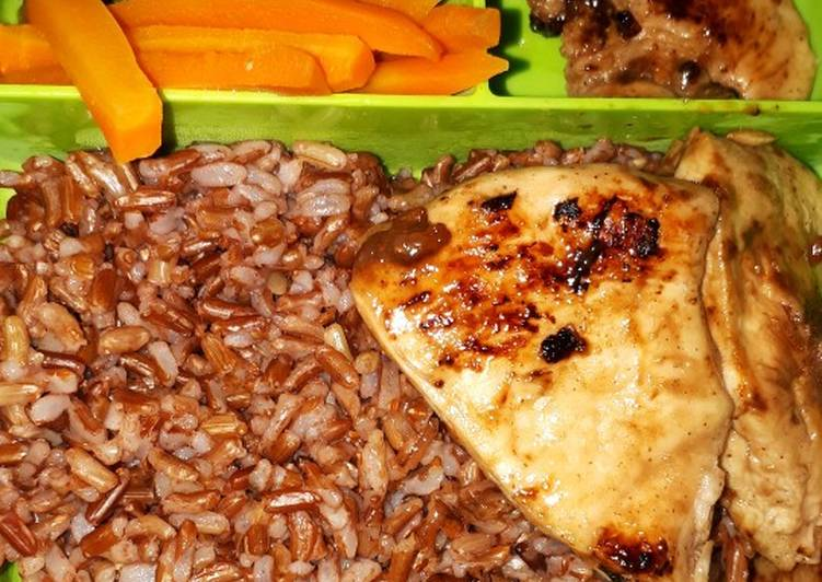 Resep: [MENU DIET] Ayam Panggang w/ Red Rice n Veggie Gampang Banget