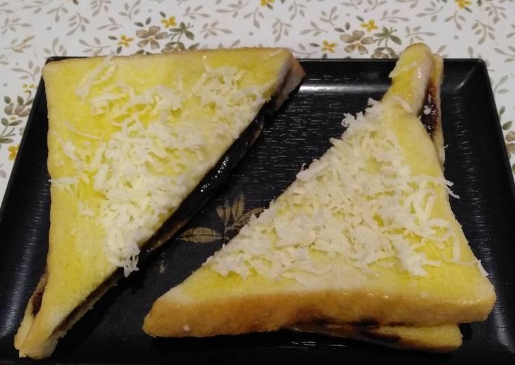 Roti tawar isi coklat keju kukus