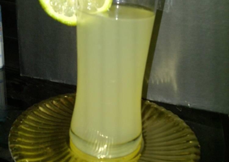 Step-by-Step Guide to Prepare Homemade Lemon juice