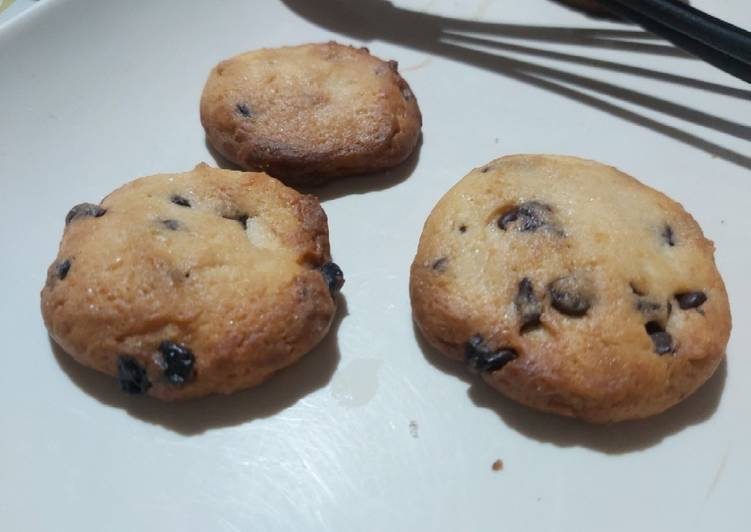 Butter Chocolate Chip Cookie