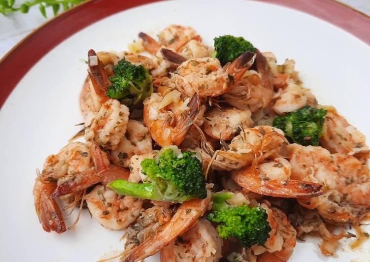 Resep Garlic Butter Shrimp with Broccoli Bikin Laper