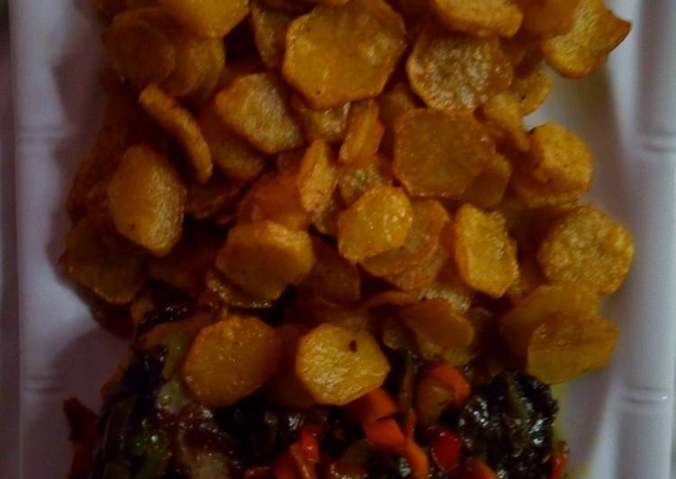 30 Minute Step-by-Step Guide to Prepare Vegan Fried Irish potatoe with vegetable Sauce