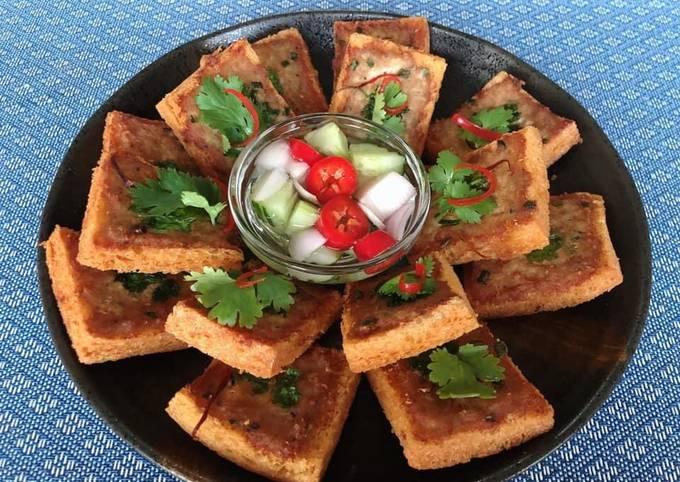 Steps to Make Perfect 🧑🏽🍳🧑🏼🍳 Asian Party Food ideas •Thai Appetizer Recipes•Thai Pork Toast |ThaiChef food