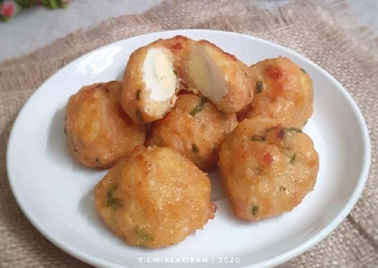 Bakso Goreng Ayam & Bihun Isi Telur Puyuh