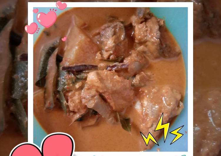 Kari Ayam Pedas