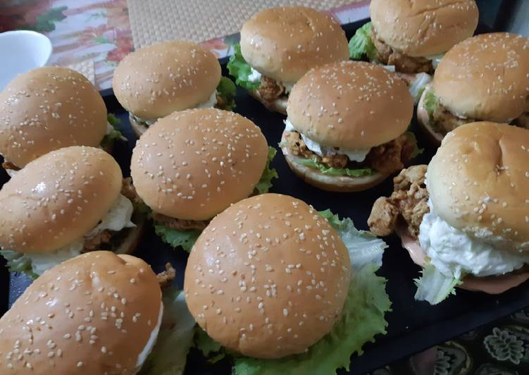 30 Minute Steps to Make Special Zinger burgers
